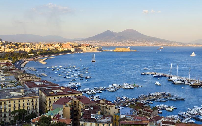 הנוף המרהיב שנשקף מחלון המלון בדרום איטליה