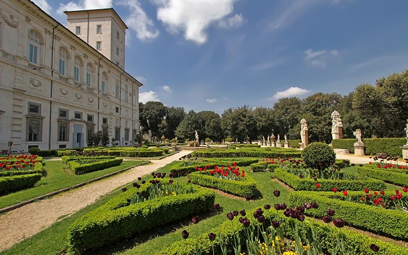 אביב באיטליה, שמים כחולים והכל פורח